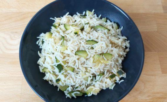 cukkinis rizs