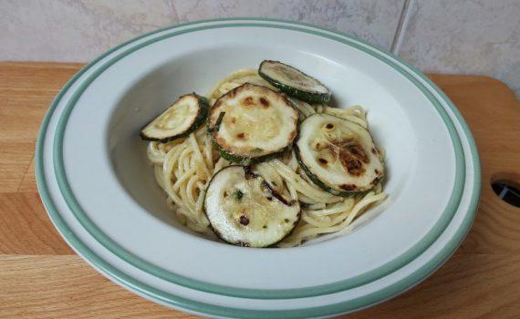 cukkinis spagetti vega, spaghetti alla nerano